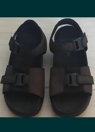 Босоножки. сандалии. clarks.