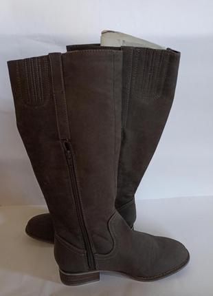 Сапоги сірого кольору.брендове взуття stock