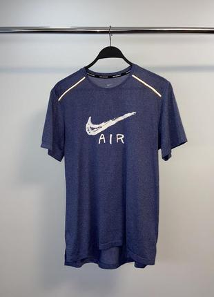 Nike air чоловіча спортивна футболка
