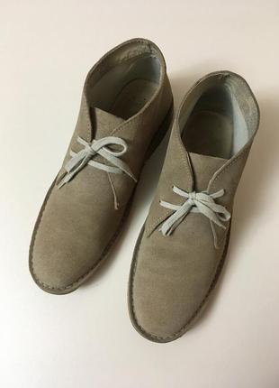 Стильные натуральные замшевые  ботинки next 42 разм.