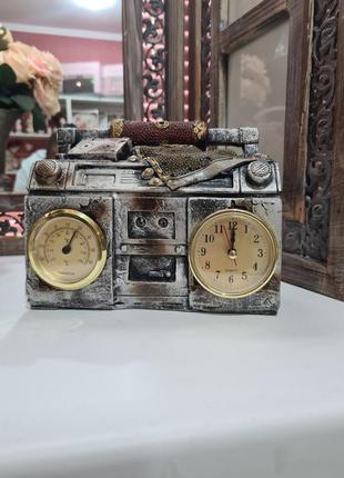 Сувенир часы термометр радиола