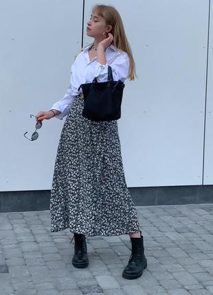 Длинная юбка в цветы ромашки с разрезом тренд 2021