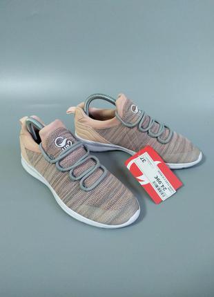 Легкі кросівки up2 французький сток