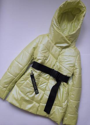 Демисезонная куртка под пояс 36-44 рр