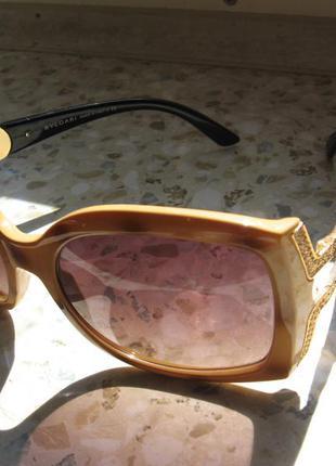 Солнцезащитные очки bvlgari 8057b с камнями swarovski unisex оригинал