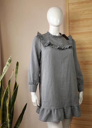 Платье в мелкую клетку с рюшами обалденное