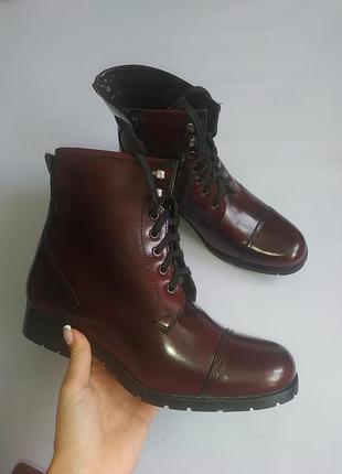 Шкіряні чобітки henry holland