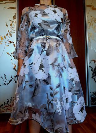 Воздушное платье из органзы с цветочным принтом