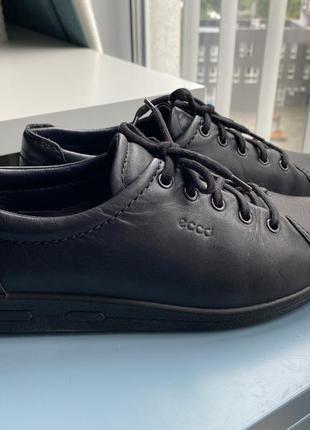 Чорні черевики ecco 38,5 р