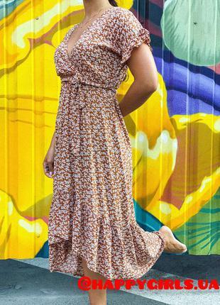 Платье в цветы из натуральной ткани