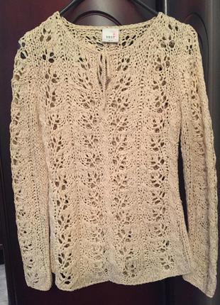 Брендовый свитер красивейшей вязки