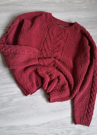 Терракотовий плюшевый свитер в косы