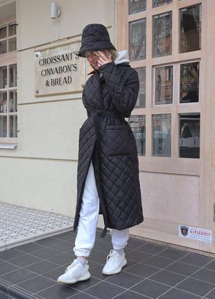 Курточка пальто стеганная с пояском