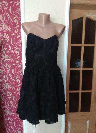 Красиве чорне плаття з аплакаціями фатінове,розмір 14\42