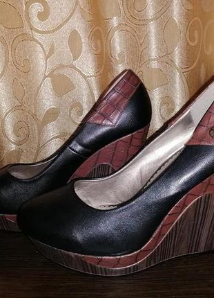 🌺👠🌺женские демисезонные туфли на танкетке fashion🔥🔥🔥