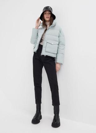 Стильная объемная куртка пуфер в сизо-голубом цвете