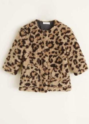 Стильное пальтишко с леопардовым принтом