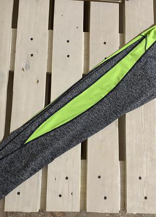 Спортивные женские лосины серые с зелёной вставкой