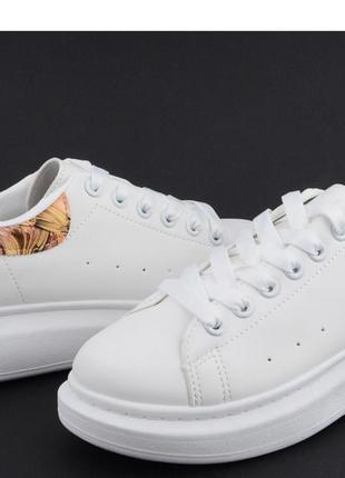 Хит!стильные белые кеды на платформе.две расцветки