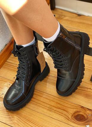 Деми кожа ботинки чоботи сапоги
