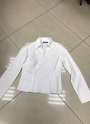 Срочно разпродую все!🆘   белая рубашка по фигуре с декором у воротника
