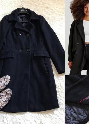 Шерстяное чёрное пальто двубортное reserved