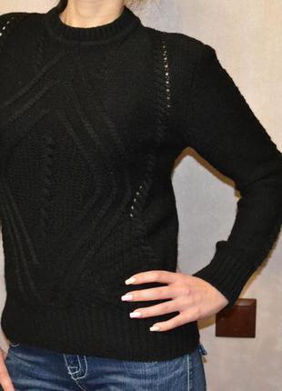 Черный  шерстяной свитер hugo boss размер s – m