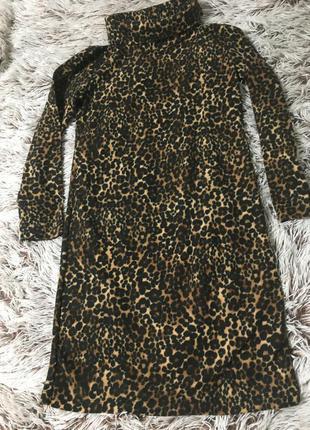 Тёплое платье гольф принт лео4 фото