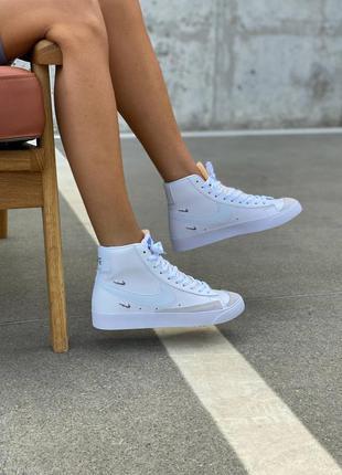 Жіноче взуття1 фото