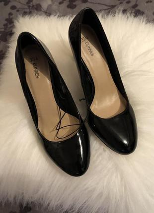 Крутые лаковые туфли лодочки на среднем каблучке - шпильке, р. 37-23,5см...👠💋🌹6 фото