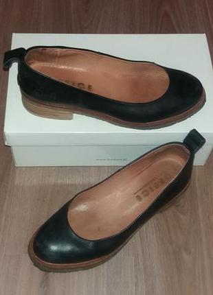 Кожаные лодочки туфли на манке  office1 фото