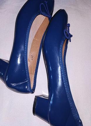 Туфли лаковые женские.7 фото