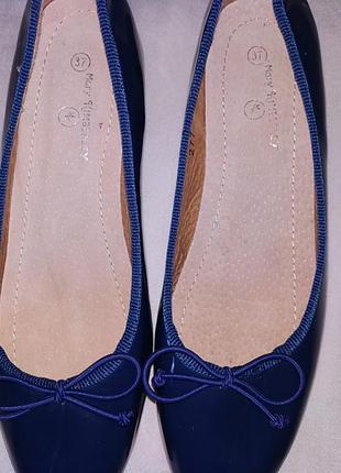 Туфли лаковые женские.8 фото