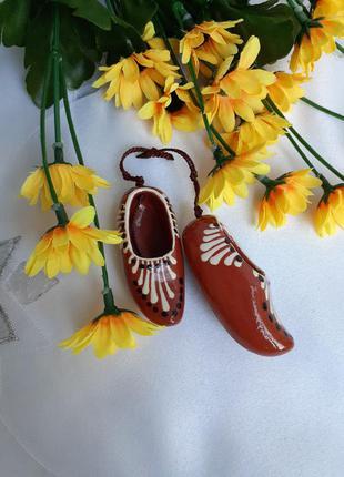 🍒пара башмачков 💕 сувенир советский керамика глина ручная роспись миниатюра винтаж ссср подвеска с