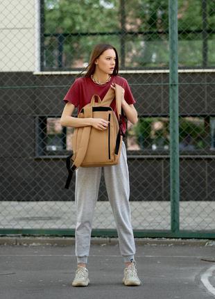 Женский вместительный бежевый рюкзак для вучебы и и активного образа жизни9 фото