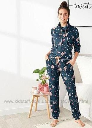 Красивый костюм, в цветочный принт, l 44-46 euro, наш 50-52, esmara1 фото