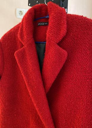 Пальто червоне3 фото