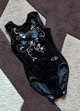 Спортивный купальник трико в идеале