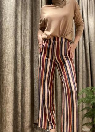 Полосатые штаны брюки-клёш на резинке в парижском стиле от бренда forever 214 фото