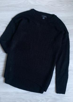Базовый чёрный лёгкий свитер1 фото