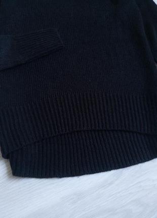 Базовый чёрный лёгкий свитер4 фото