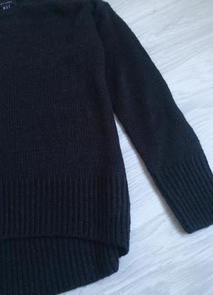 Базовый чёрный лёгкий свитер5 фото