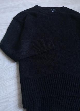 Базовый чёрный лёгкий свитер3 фото