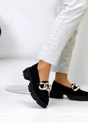 Эффектные замшевые черные женские туфли натуральная замша на массивной подошве 115436 фото