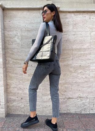Объёмная стеганная сумка-тоут с короткими ручками2 фото