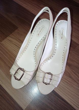Туфли босоножки coach