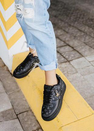 Жіноче взуття4 фото