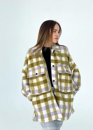 Клітчаста курточка zara