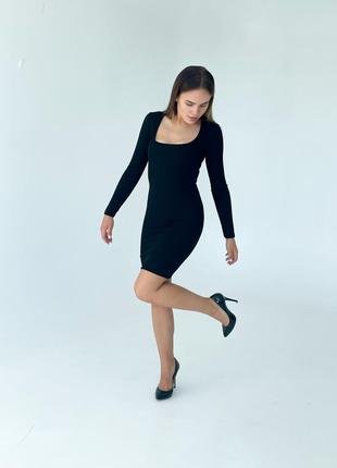 Маленька чорна сукня zara