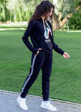 Спортивный костюм tik tok. есть другие расцветки3 фото